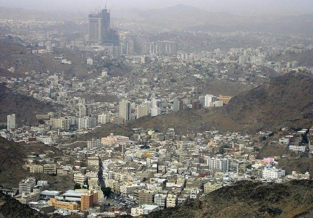 Saudi Arabia begins to embrace solar energy