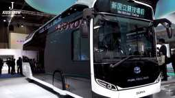 Toyota Sora at Tokyo Motor Show - Fuel Cell Bus - J-Auto Show
