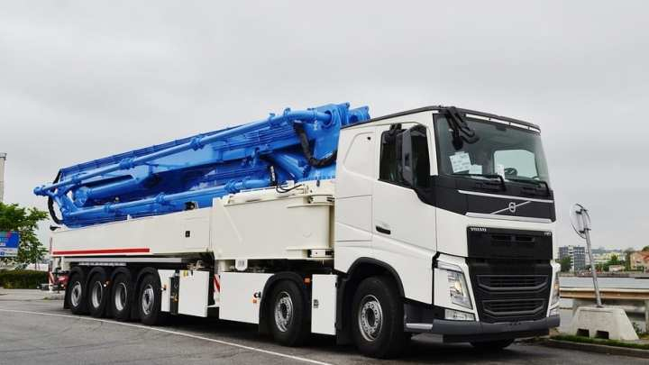 New truck uses hydrogen fuel without fuel cells