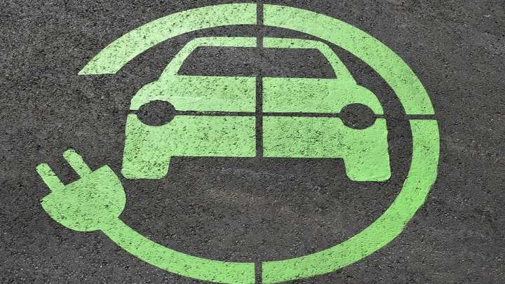 Italy wants one million electric cars on its roads by 2022