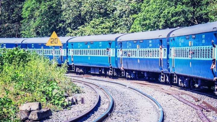 Coaches on Indian Railways are to be powered by solar energy