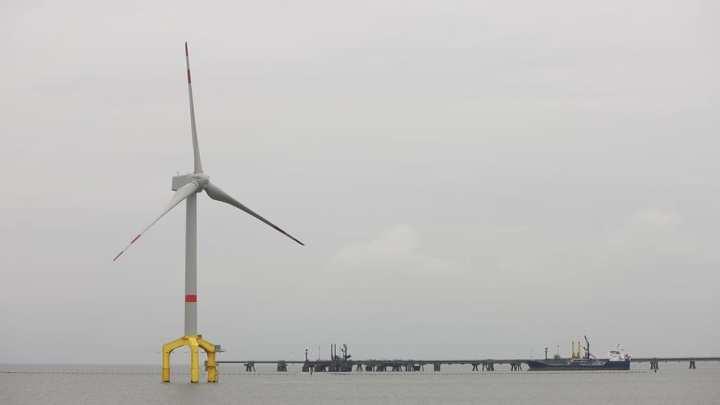 Telescopic wind turbine successfully installed in Spain