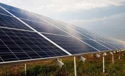 community solar gardens - Solar Panels on grass