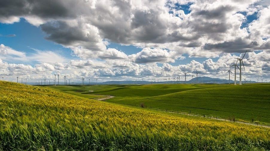 Future Oahu wind farm to feature more than a dozen wind turbines