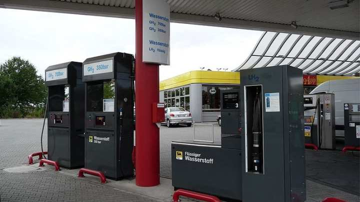 France's hydrogen infrastructure to expand with 33 hydrogen refueling stations