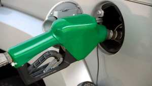 fuel cell electric vehicles - fueling station - gasoliine pump