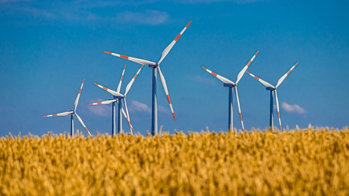 Wind farm operators to benefit from increasing wind speeds, study says