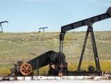 Geothermal industry in Canada - Oil rigs - oil drilling