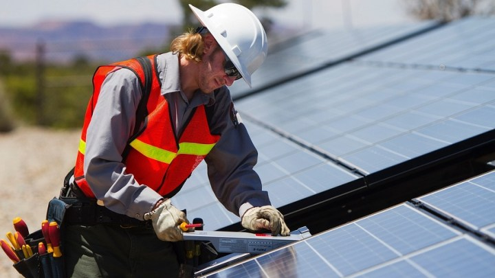 """Pennsylvania green energy expansion provides """"major"""" employment boost, report"""