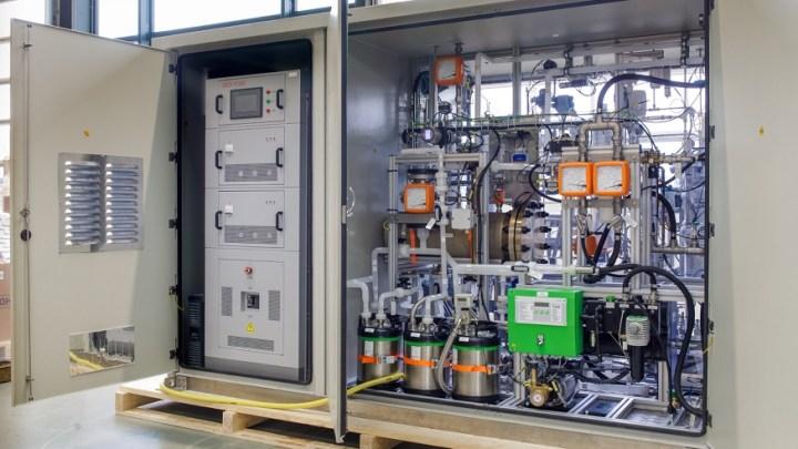 Plug Power and Frames deliver 25 kW hydrogen electrolyzer to Japan