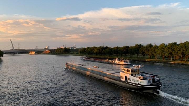 Lenten Scheepvaart orders Concordia Damen hydrogen fuel cell inland barge