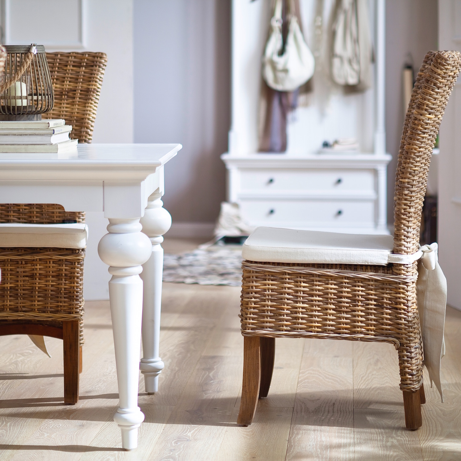 A Perfect Pairing: White Wood Furniture and Rattan