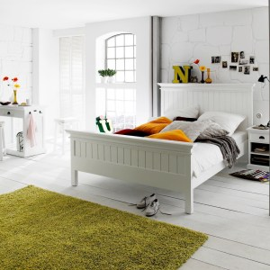 Why white bedroom furniture