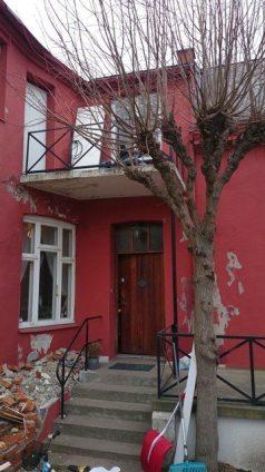 Inngangsparti/balkong
