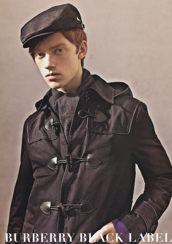 https://i1.wp.com/www.hypebeast.com/image/2009/09/burberry-black-label-2009-fall-winter-2.jpg