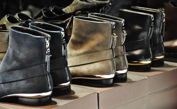 louis vuitton 2010 fall accessories collection 7 Louis Vuitton 2010 Fall Accessories Collection