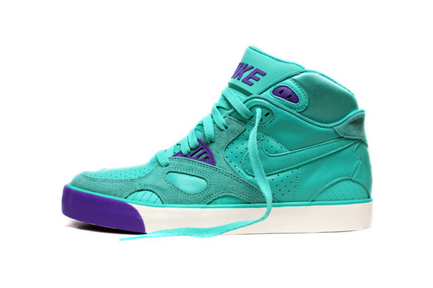 nike auto trainer green purple punch Nike Auto Trainer Green/Purple Punch