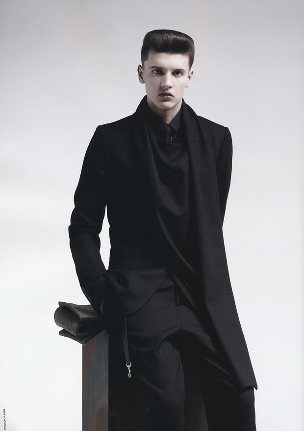 dior homme 2010 fallwinter campaign 2 Dior Homme 2010 Fall/Winter Campaign