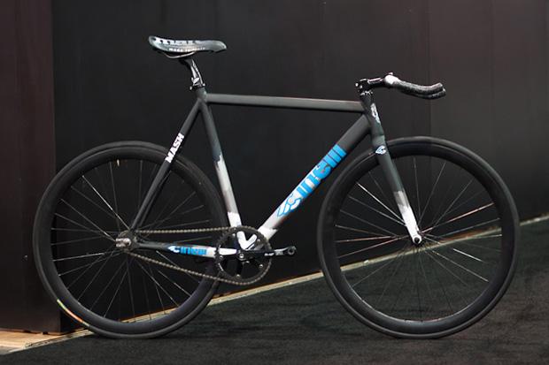 interbike cinelli mash track frameset 1 Interbike 2010: Cinelli Mash Track Frameset