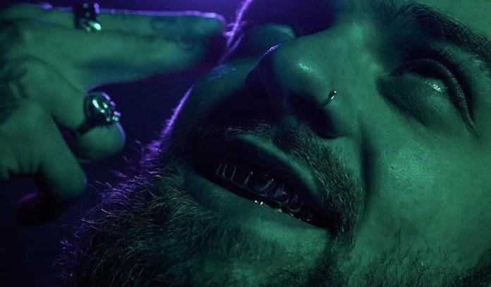 Doobie Shows His Teeth