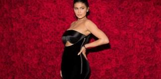 Kylie Jenner Runs Back