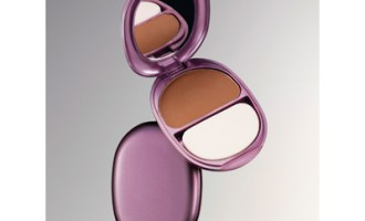 CoverGirl Queen Collection Pressed Powder