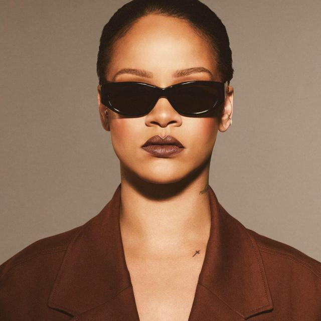 Rihanna-Fenty-Beauty-UNVEIL