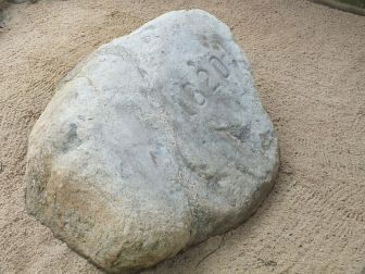 Plymouth Rock is a national monument that memorializes the first steps of the Pilgrims.
