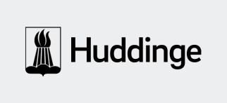 Huddinge kommuns logotyp med svart sköld på grå botten