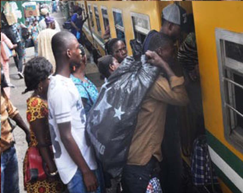 Amidst fuel scarcity, Osun State offers free train ride for Indigenes to celebrate Christmas