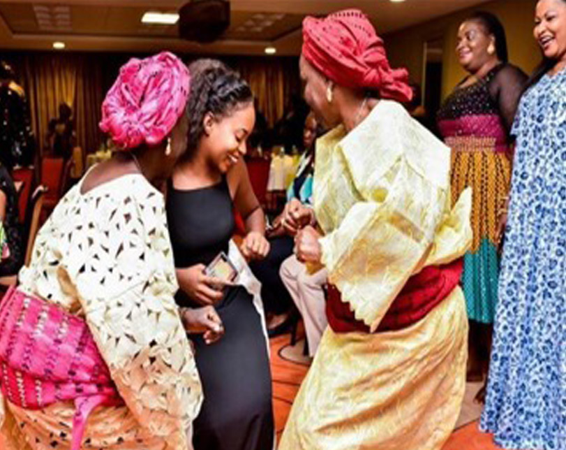 Kiki Osinbajo in dance-off with grandmas in Abeokuta