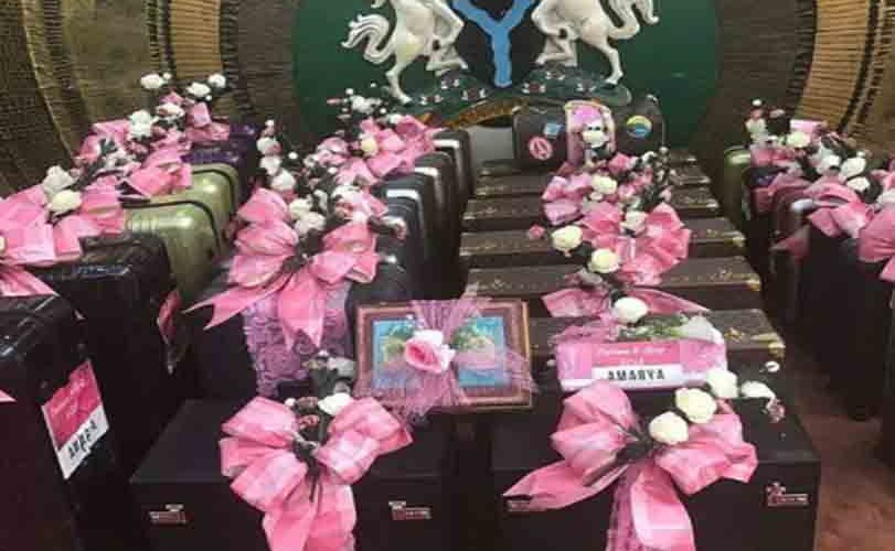 Kayan Zance: The lavish gifts presented to the Ganduje family by the family of Oyo state Governor, Ajimobi