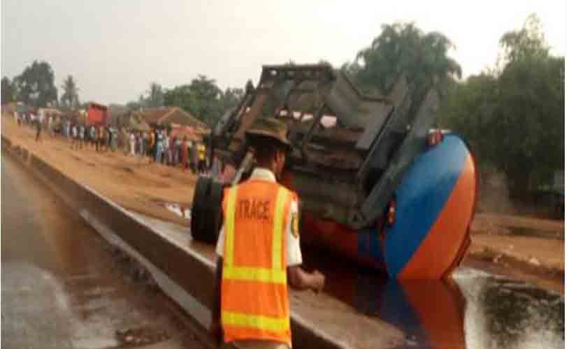 Gridlock as tanker falls on Lagos-Abeokuta Expressway