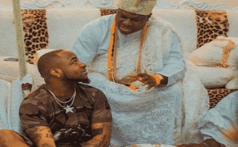 The Moment Davido & Chioma Stormed Ooni Of Ife's Palace In A Convoy (Video)