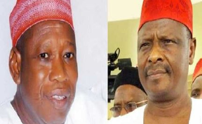Governor Ganduje who was accused of taking bribe, drags Kwankwaso to EFCC for alleged corruption and diversion of government funds