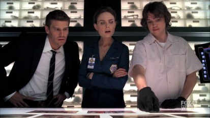 4x05-The-Perfect-Pieces-in-the-Purple-Pond-dr-zackary-uriah-addy