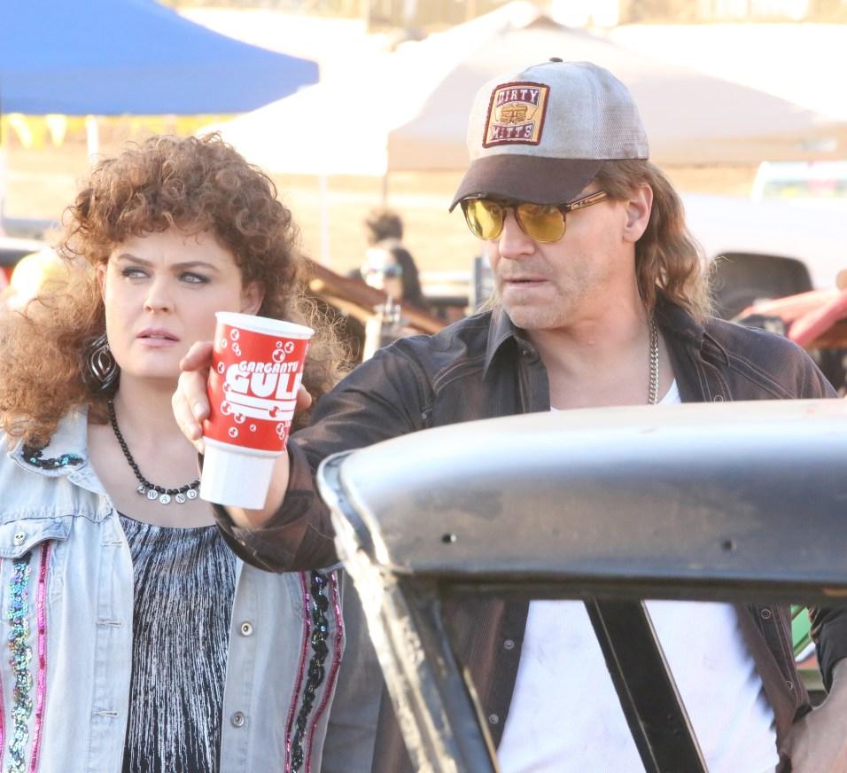 Bones 12x09 - Booth e Brennan sotto copertura come Buck e Wanda Moosejaw al destruction derby