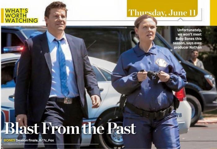 articolo di giornale che ritrae Booth e Brennan nell'episodio 10x22