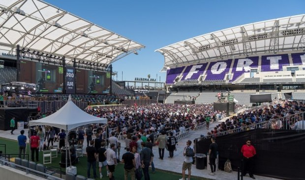 1200px-Fortnite_Pro-Am_stadium_at_E3_2018_3 Fortnite Most Successful Pro Teams