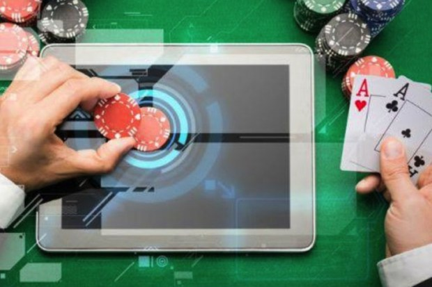 British-Columbia-gambling-revenue Survey Reveals More Than 50% of English People Gambled in 2018