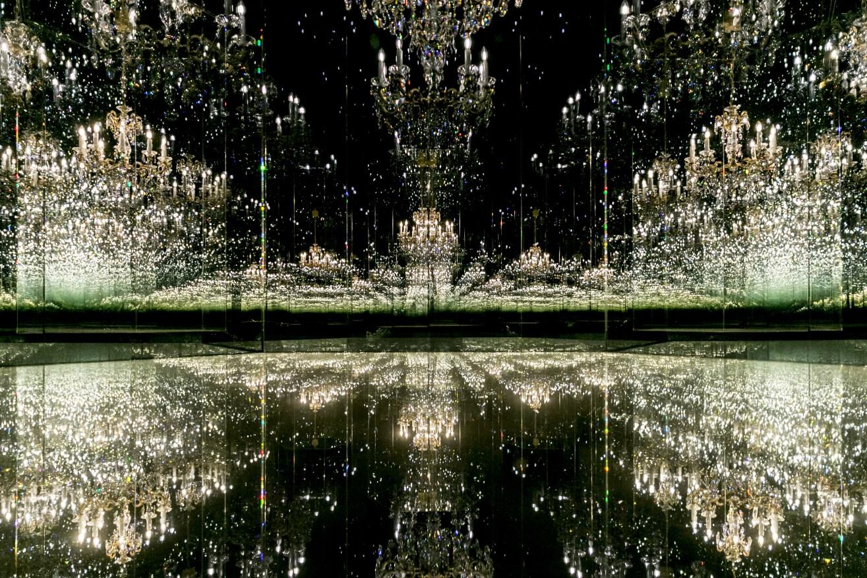 """Kunstinteressierte erwartet die neue Wunderkammer """"Chandelier of Grief"""" der japanischen Künstlerin Yayoi Kusama. (Bild: Swarovski Kristallwelten)"""