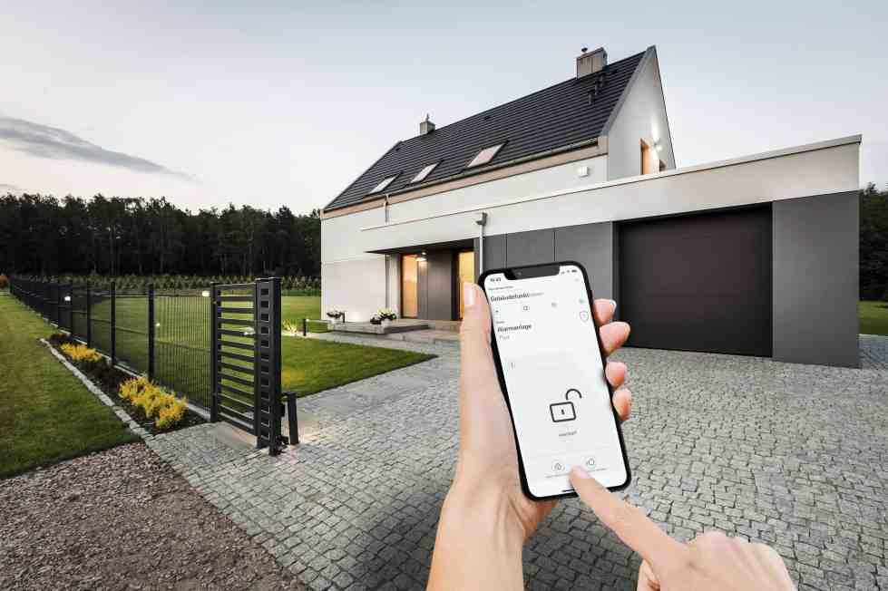Gira Sicherheitssystem Alarm Connect