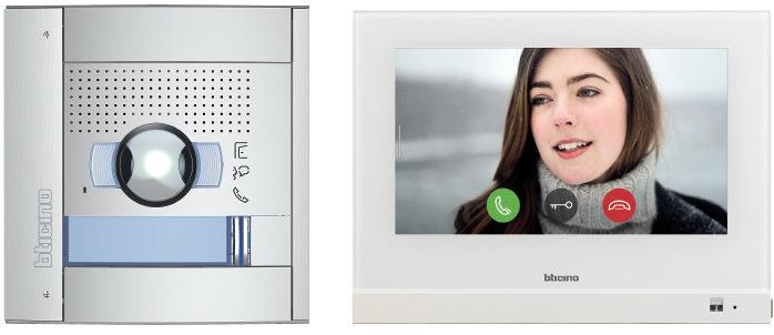 Die beiden neuen vernetzten Hometouch Sprechanlagen-Sets bieten alle notwendigen Sprechanlagen-Bestand-teile: Außen- und Innenstelle, Spannungsversorgung und Zubehör für die Inbetriebnahme. (Bild: Legrand Austria GmbH)