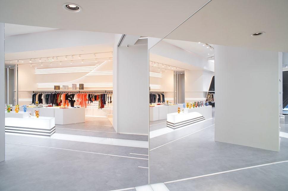 ENG Fashion Shop hall