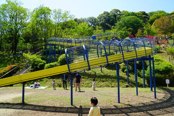 金沢自然公園ローラー滑り台