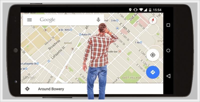 Homem procurando no Maps (Android)