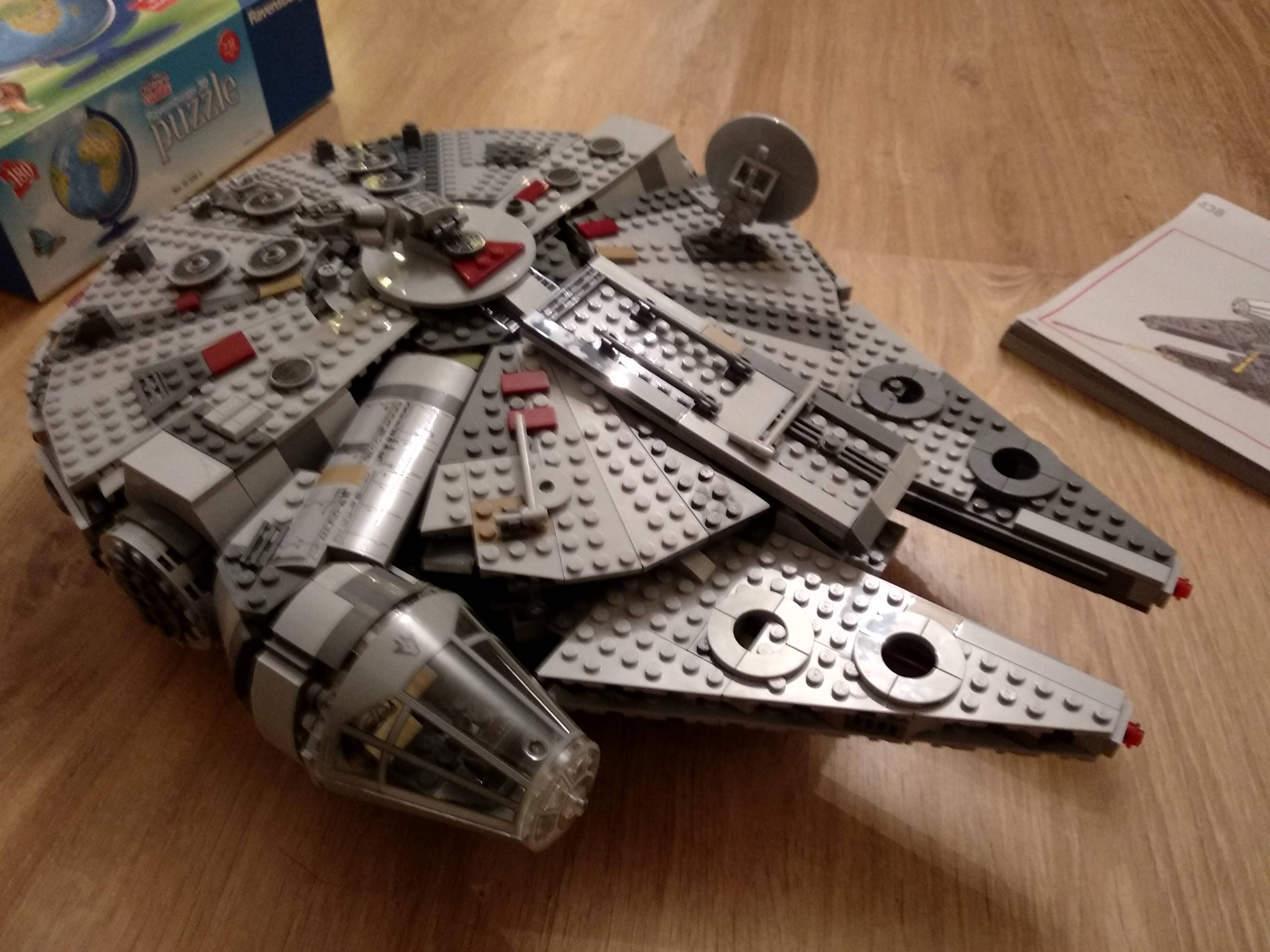 Had great fun with my son building this today! He\'s 5 years old and obsessed with Star Wars.