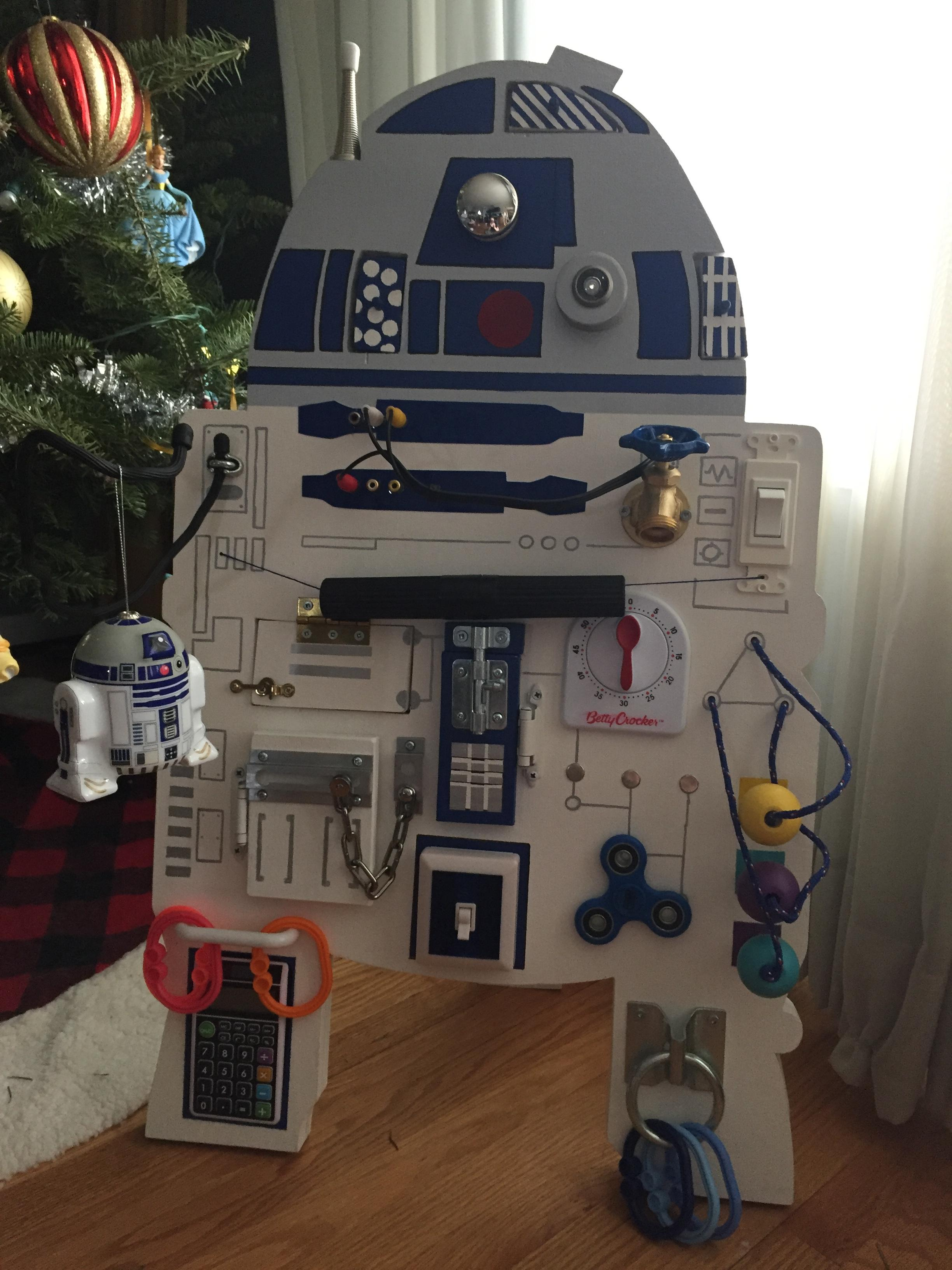 I built an R2D2 busy board for my daughter