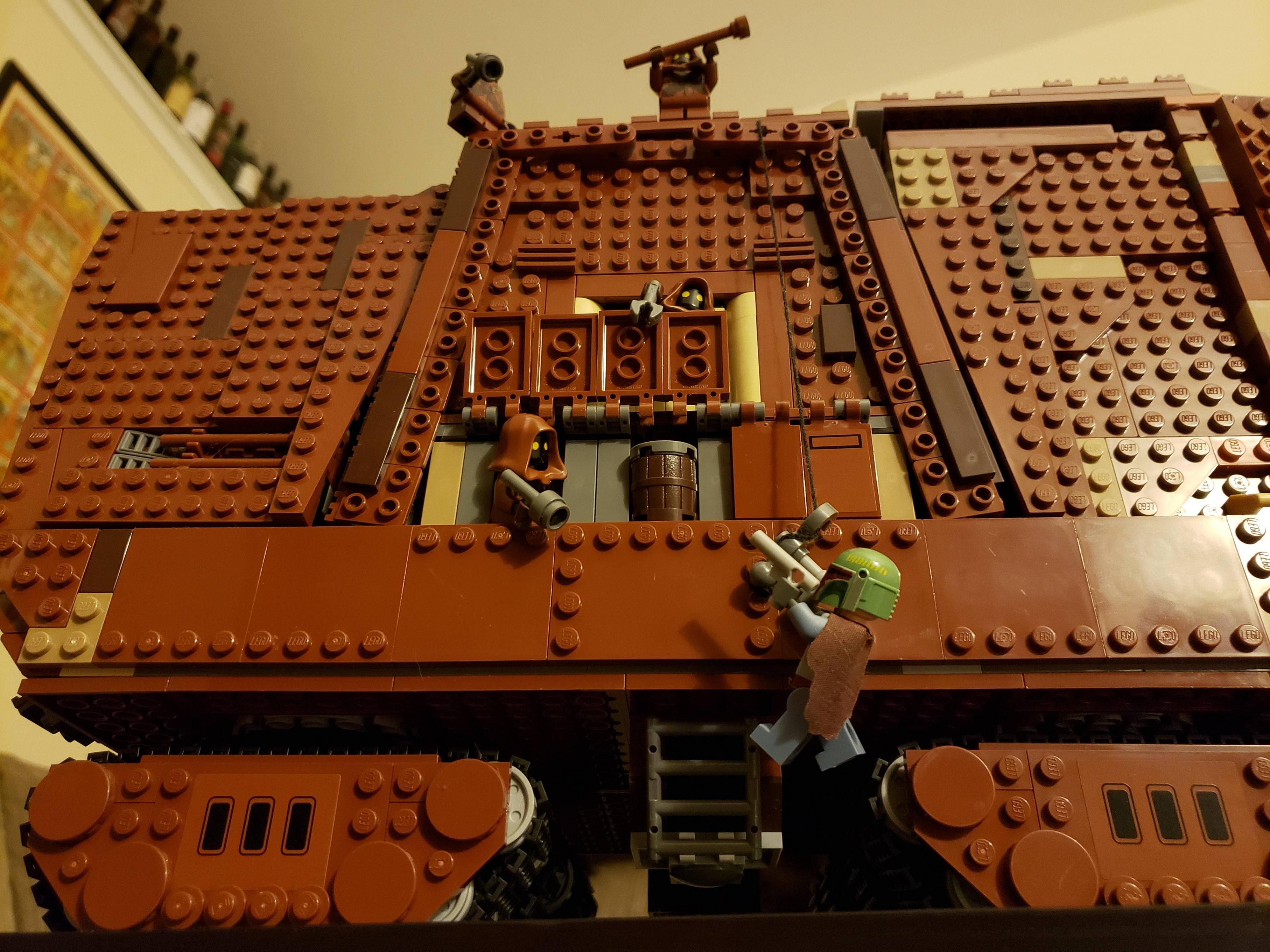 I was admiring my Sandcrawler and Slave 1 Lego sets, on a shelf next to each other. Then, I had an idea...