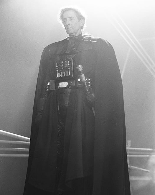 Darth Vader\'s stunt double Bob Anderson waiting between takes for The Empire Strikes Back